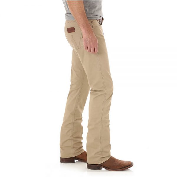 Men's Wrangler Retro® Slim Fit Straight Leg Pant - Fawn